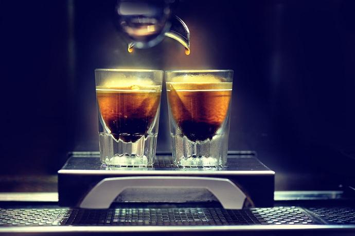 Cómo comprar la mejor máquina de café espresso